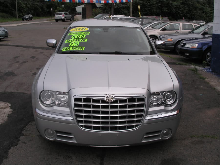 Used 2008 Chrysler 300 in New Haven, Connecticut | Performance Auto Sales LLC. New Haven, Connecticut