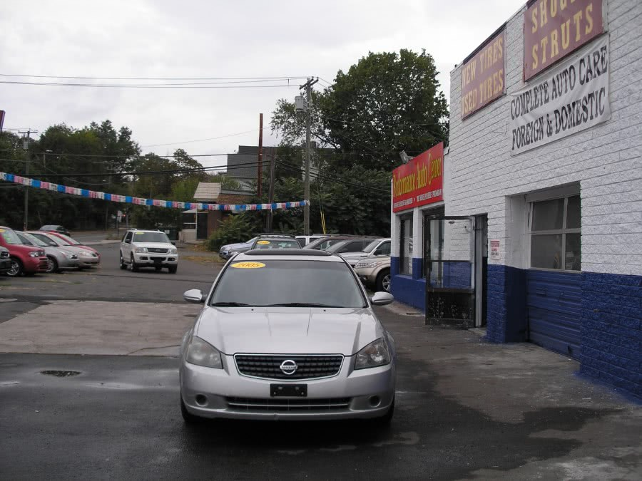 Used 2005 Nissan Altima in New Haven, Connecticut | Performance Auto Sales LLC. New Haven, Connecticut