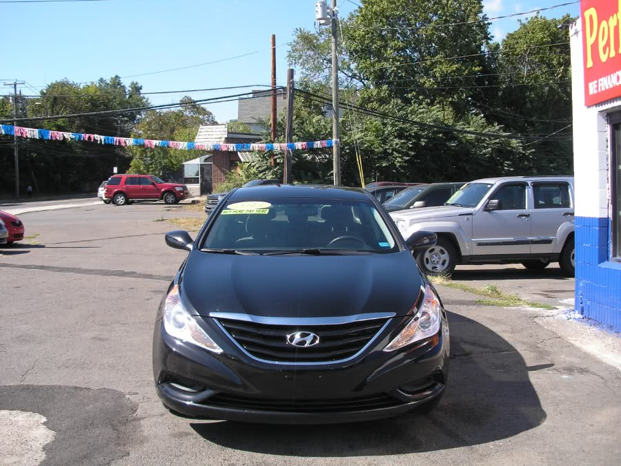 Used 2013 Hyundai Sonata in New Haven, Connecticut | Performance Auto Sales LLC. New Haven, Connecticut