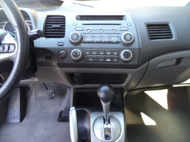 Used Honda Civic Sdn 4dr Auto LX 2010 | Riverside Motorcars, LLC. Naugatuck, Connecticut