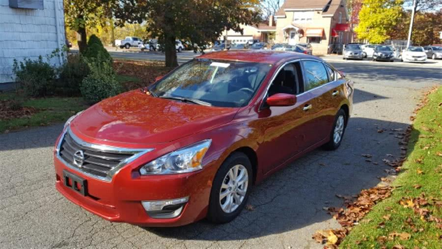Used Nissan Altima 2.5 S 4dr Sedan 2014 | Ludlow Auto Sales. Ludlow, Massachusetts
