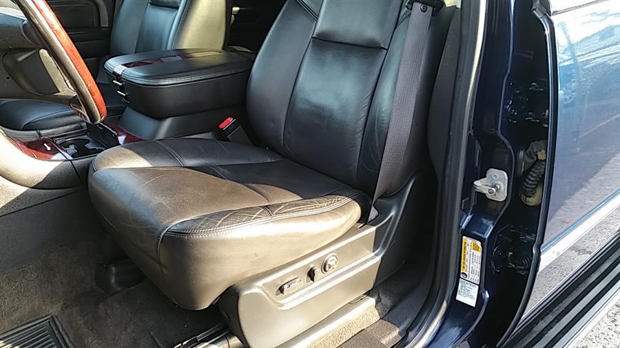 Used Cadillac Escalade ESV AWD 4dr 2008 | Carmoney Auto Sales. Baldwin, New York