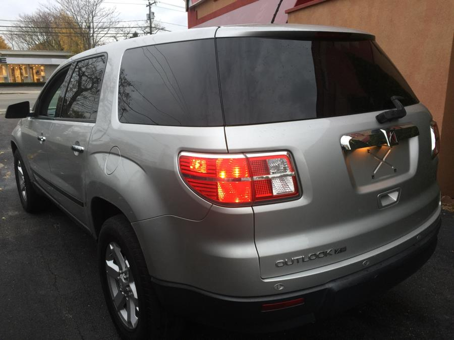 Used Saturn Outlook FWD 4dr XE 2008 | Ultimate Auto Sales. Hicksville, New York