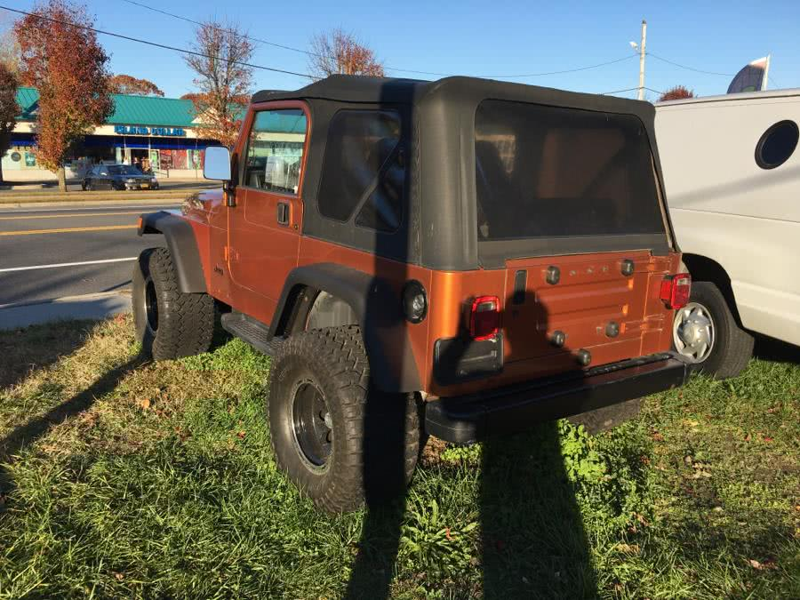 2002 Jeep Wrangler 2dr Sport, available for sale in Shirley, New York | Roe Motors Ltd. Shirley, New York