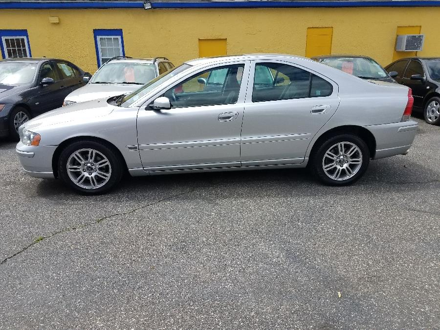 2006 Volvo S60 2.5L Turbo AWD Auto w/Sunroof, available for sale in East Hartford , Connecticut | Classic Motor Cars. East Hartford , Connecticut