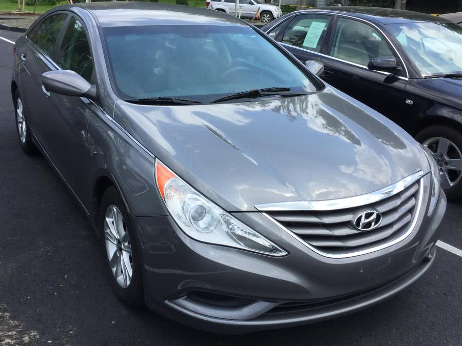 Used 2011 Hyundai Sonata in Canton, Connecticut | Lava Motors. Canton, Connecticut