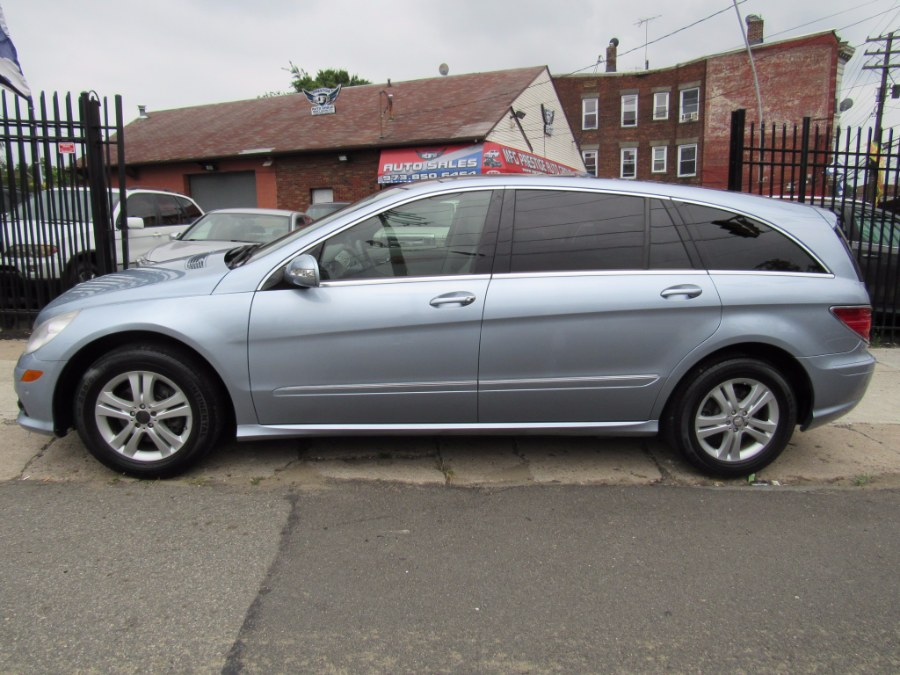 2008 Mercedes-Benz R-Class 4dr 3.5L 4MATIC, available for sale in Paterson, New Jersey | MFG Prestige Auto Group. Paterson, New Jersey