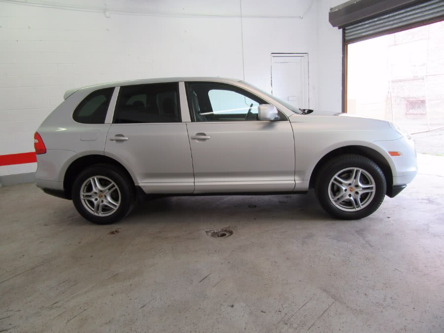 Used Porsche Cayenne AWD 4dr Tiptronic 2008 | Victoria Preowned Autos Inc. Little Ferry, New Jersey