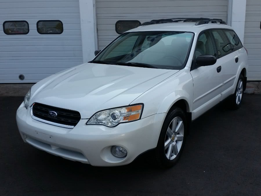 Used 2007 Subaru Legacy Wagon in Berlin, Connecticut | Action Automotive. Berlin, Connecticut