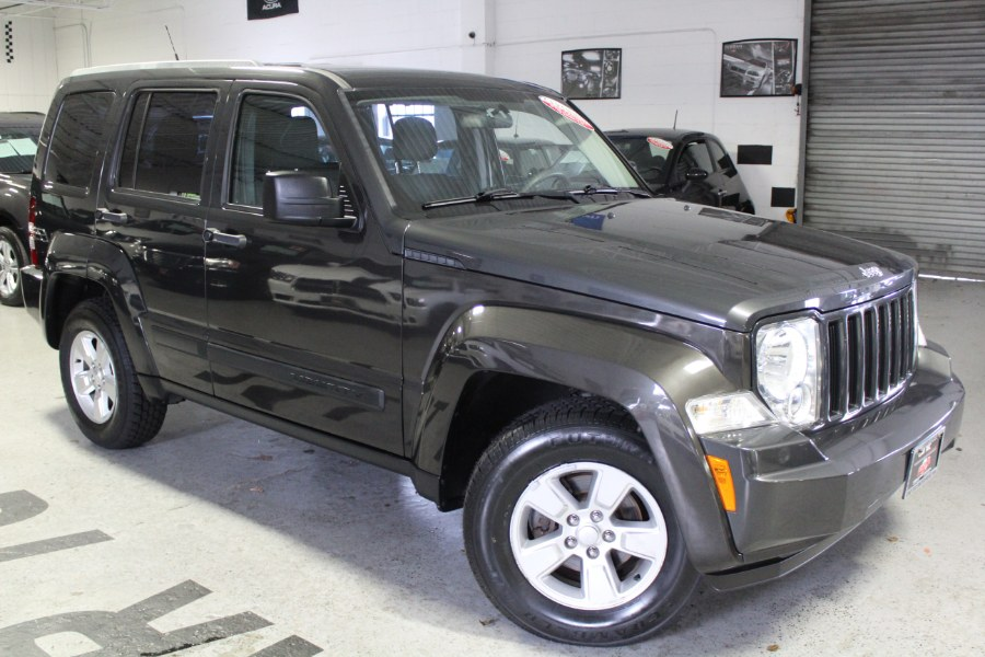 2011 Jeep Liberty 4WD 4dr Sport, available for sale in Deer Park, NY