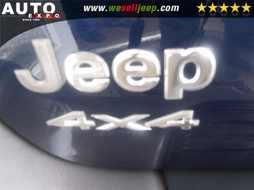 2002 Jeep Grand Cherokee 4dr Laredo 4WD, available for sale in Huntington, New York   Auto Expo. Huntington, New York