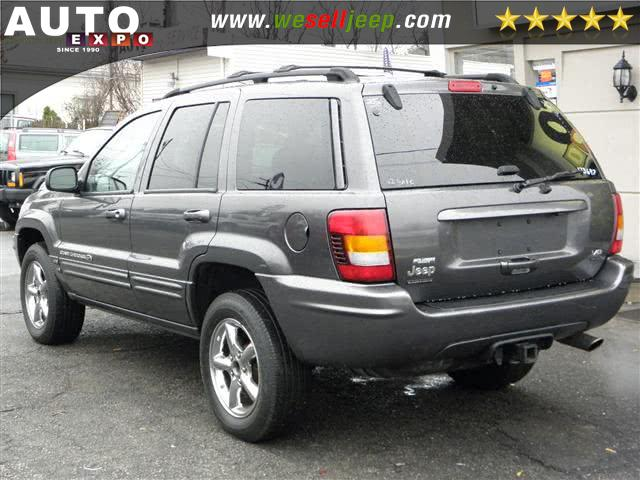 The 2002 Jeep Grand Cherokee Overland