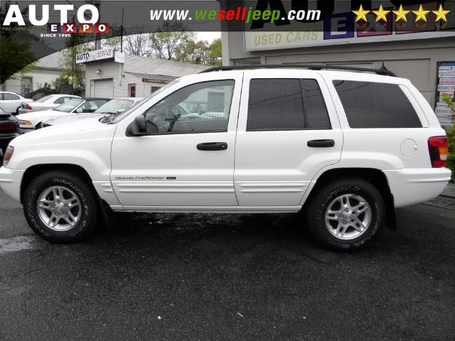 The 2002 Jeep Grand Cherokee Laredo