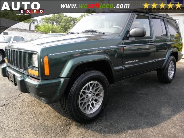 Used 1999 Jeep Cherokee in Huntington, New York | Auto Expo. Huntington, New York