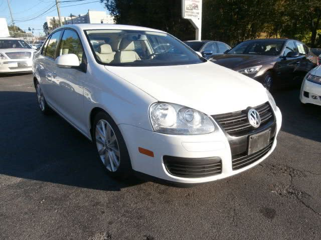 2010 Volkswagen Jetta Sedan wolfsburg, available for sale in Waterbury, Connecticut | Jim Juliani Motors. Waterbury, Connecticut
