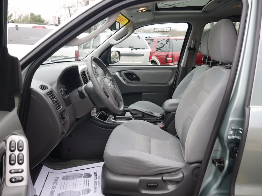 2007 Ford Escape 4WD 4dr V6 Auto XLT, available for sale in Huntington Station, New York | My Auto Inc.. Huntington Station, New York