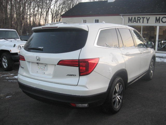 2016 Honda Pilot AWD 4dr EX-L w/RES, available for sale in Ridgefield, Connecticut | Marty Motors Inc. Ridgefield, Connecticut