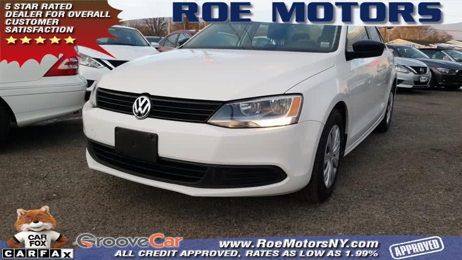 2013 Volkswagen Jetta Sedan 4dr Auto Base, available for sale in Shirley, New York | Roe Motors Ltd. Shirley, New York