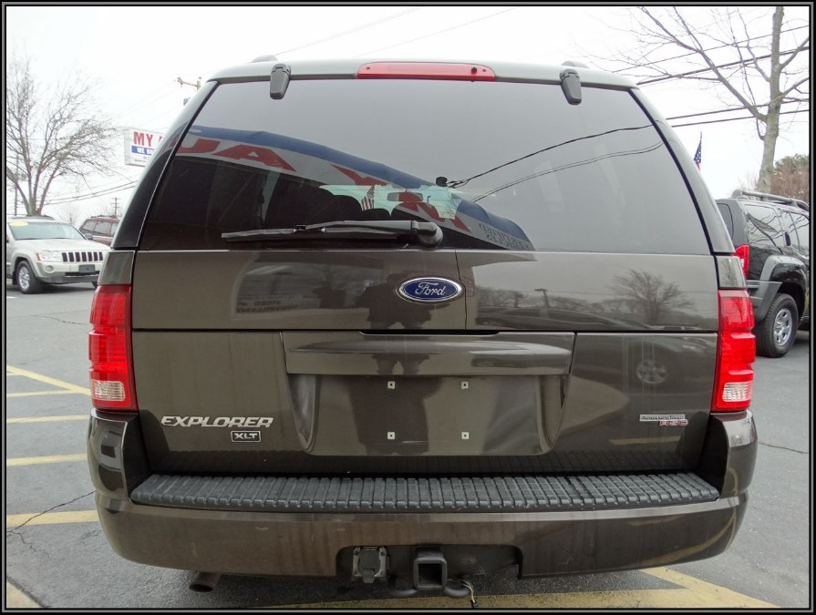 "Used Ford Explorer 4dr 114"" WB 4.0L XLT 4WD 2005 