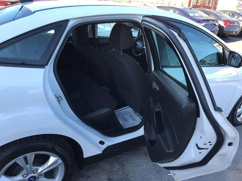 2013 Ford Focus SE 4dr Sedan, available for sale in Framingham, Massachusetts   Mass Auto Exchange. Framingham, Massachusetts