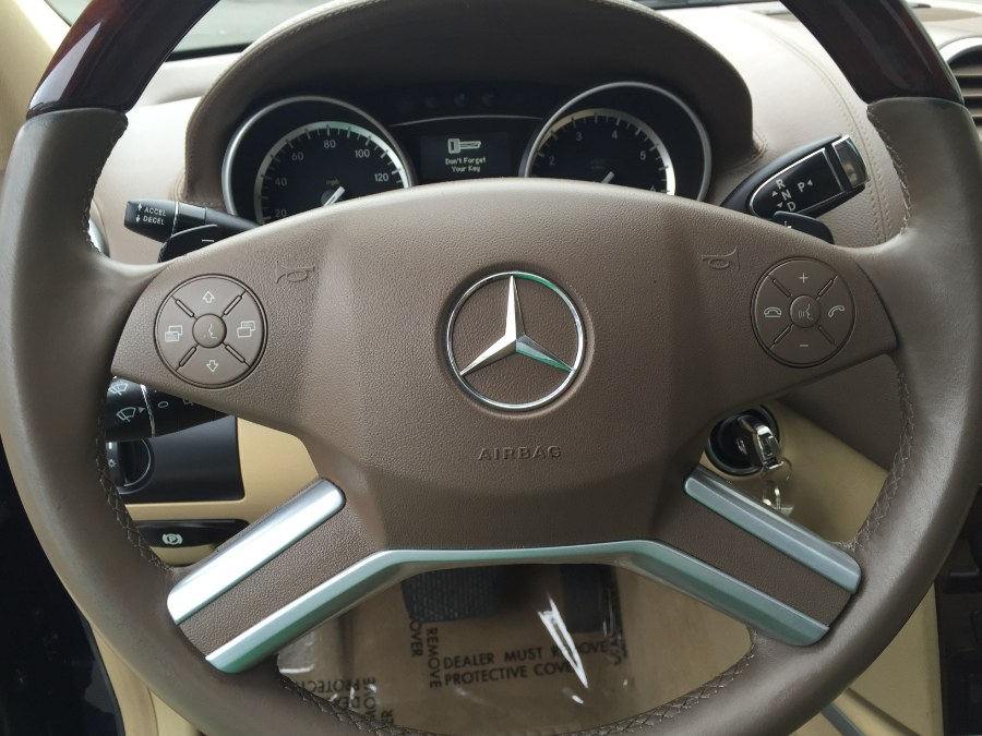 2012 Mercedes-Benz GL-Class 4MATIC 4dr GL550, available for sale in Bristol, Connecticut | Bristol Auto Center LLC. Bristol, Connecticut