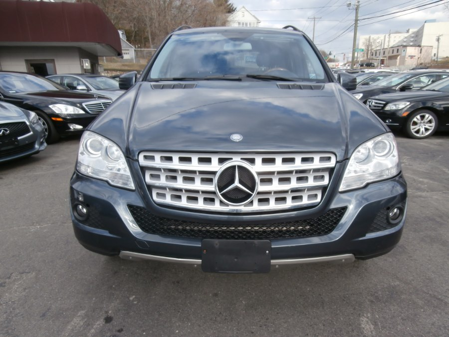 2011 Mercedes-Benz M-Class 4MATIC 4dr ML350, available for sale in Waterbury, Connecticut | Jim Juliani Motors. Waterbury, Connecticut
