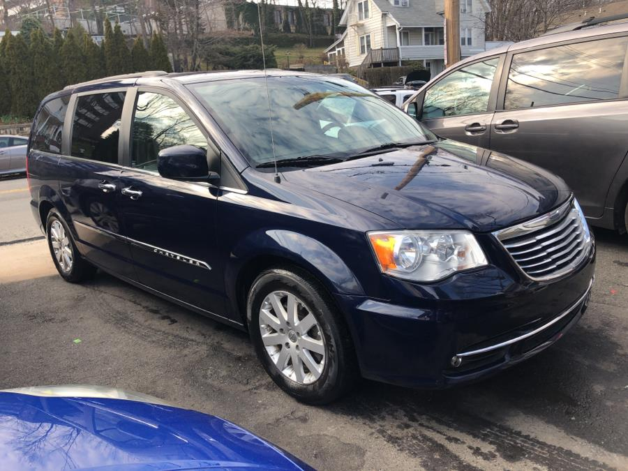 2015 Chrysler Town & Country 4dr Wgn Touring, available for sale in Port Chester, New York | JC Lopez Auto Sales Corp. Port Chester, New York