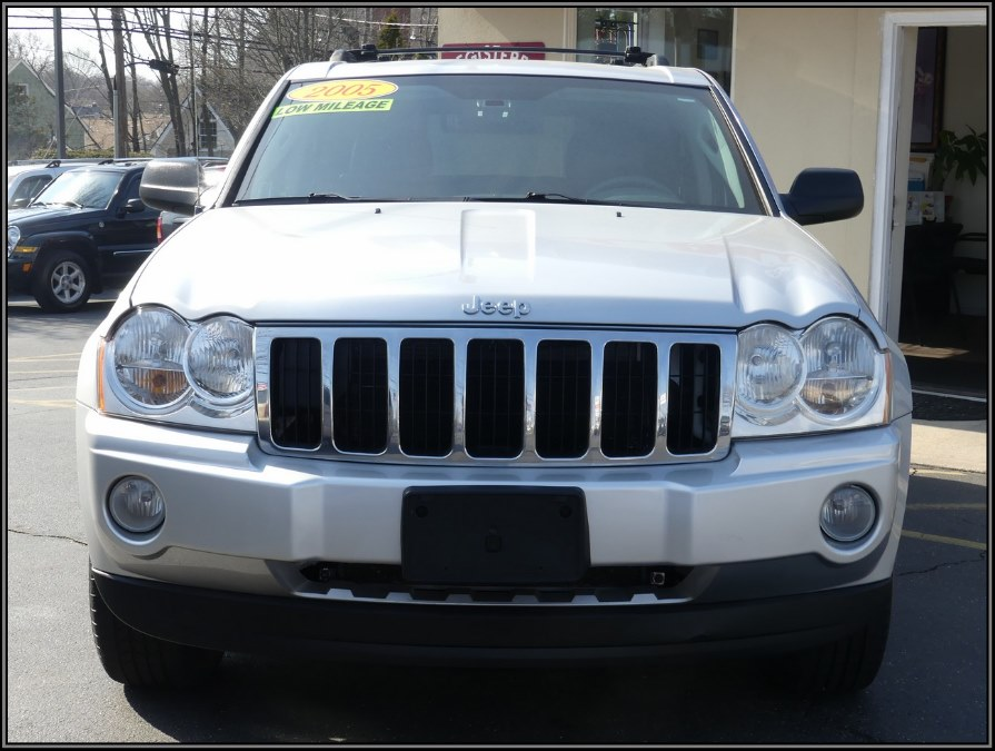 2005 Jeep Grand Cherokee 4dr Limited 4WD, available for sale in Huntington Station, New York | My Auto Inc.. Huntington Station, New York