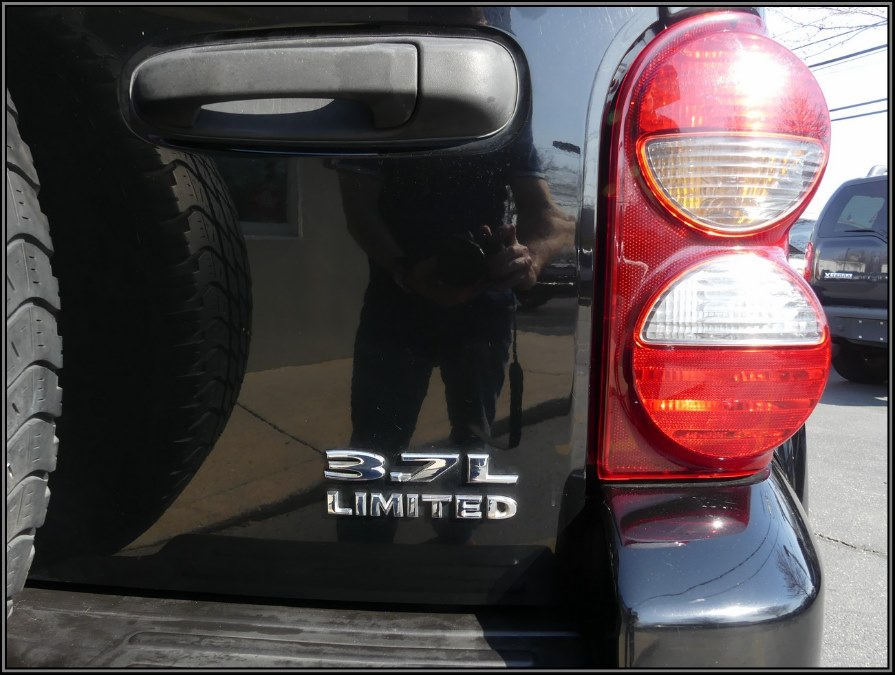 2005 Jeep Liberty 4dr Limited 4WD, available for sale in Huntington Station, New York   My Auto Inc.. Huntington Station, New York