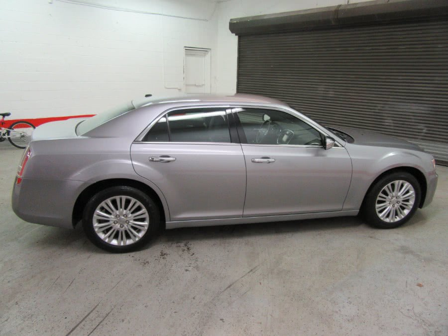 2014 Chrysler 300 4dr Sdn 300C AWD, available for sale in Little Ferry, New Jersey | Royalty Auto Sales. Little Ferry, New Jersey