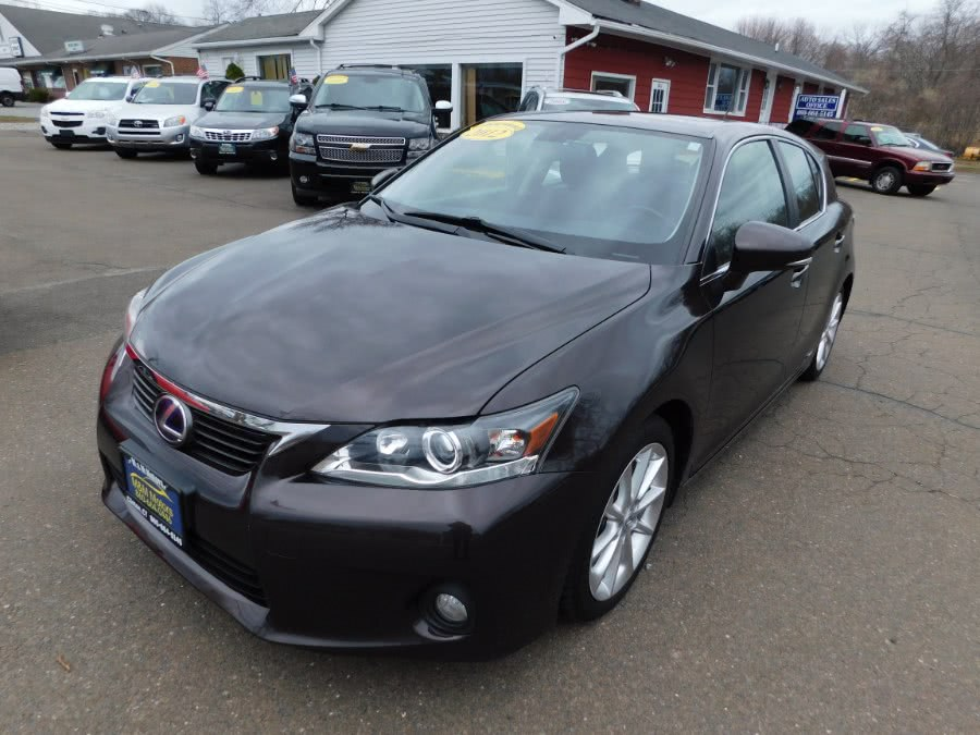 Used Lexus CT 200h FWD 4dr Hybrid 2012 | M&M Motors International. Clinton, Connecticut