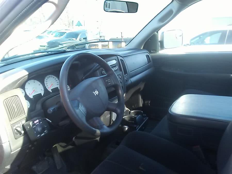 2004 Dodge Ram 3500 2dr Reg Cab 140.5