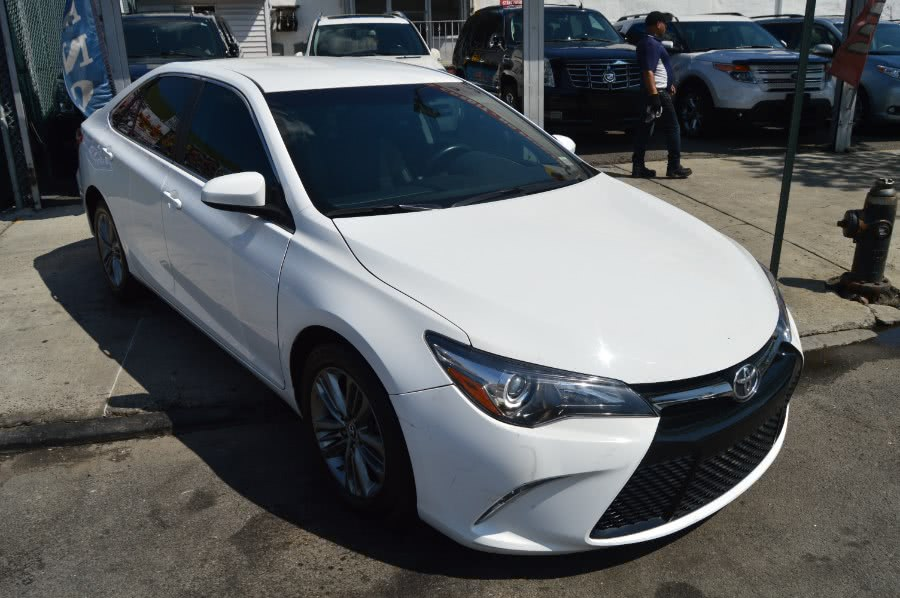 2015 Toyota Camry 4dr Sdn I4 Auto SE (Natl), available for sale in Bronx, New York | Luxury Auto Group. Bronx, New York