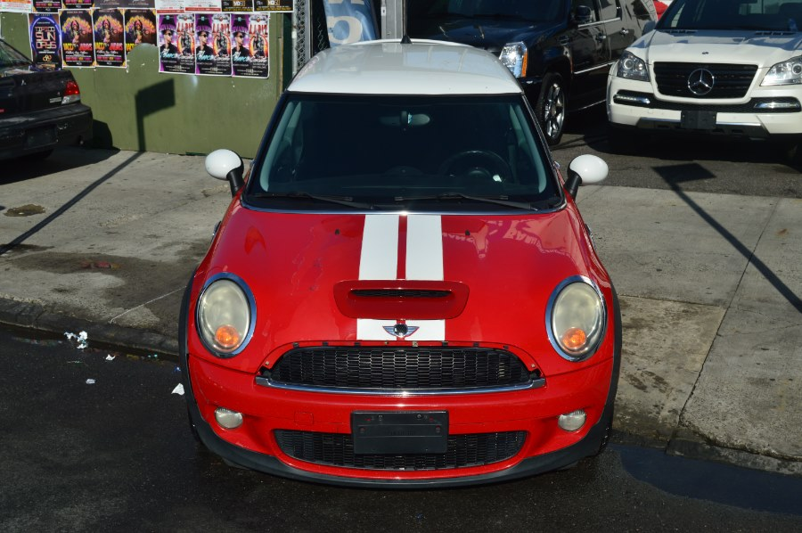 2007 MINI Cooper Hardtop 2dr Cpe S, available for sale in Bronx, New York | Luxury Auto Group. Bronx, New York