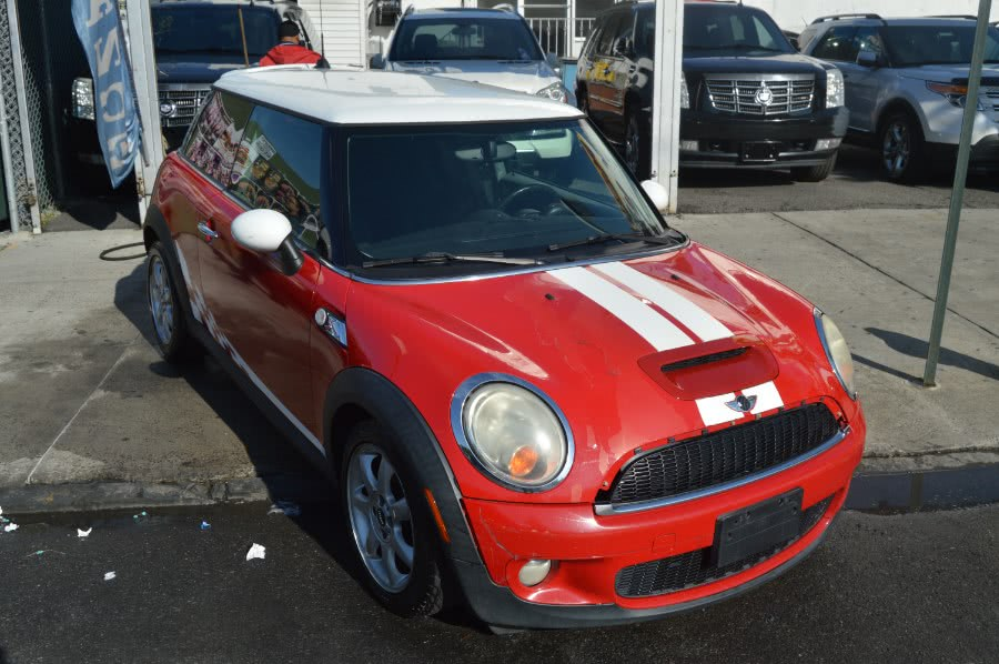 Used 2007 MINI Cooper Hardtop in Bronx, New York | Luxury Auto Group. Bronx, New York