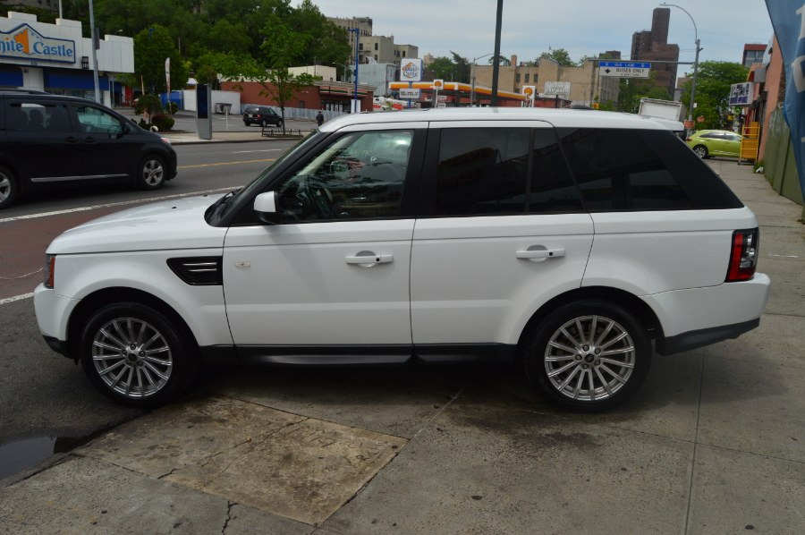 2013 Land Rover Range Rover Sport 4WD 4dr HSE, available for sale in Bronx, New York | Luxury Auto Group. Bronx, New York