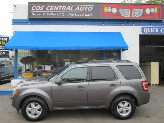 Used 2010 Ford Escape in Meriden, Connecticut | Cos Central Auto. Meriden, Connecticut