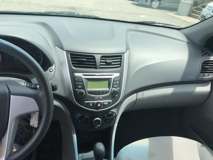 2013 Hyundai Accent 4dr Sdn Auto GLS, available for sale in Shirley, New York | Roe Motors Ltd. Shirley, New York