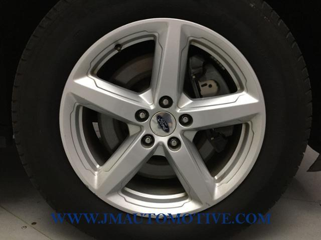 2016 Ford Explorer 4WD 4dr XLT, available for sale in Naugatuck, Connecticut | J&M Automotive Sls&Svc LLC. Naugatuck, Connecticut