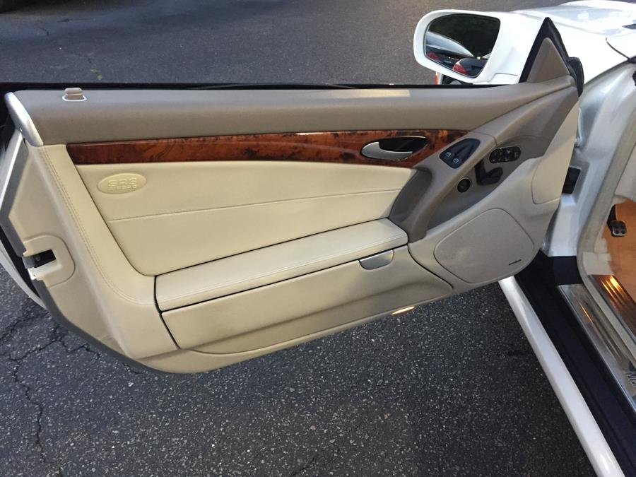 2011 Mercedes-Benz SL-Class 2dr Roadster SL550, available for sale in Plainview , New York | Ace Motor Sports Inc. Plainview , New York