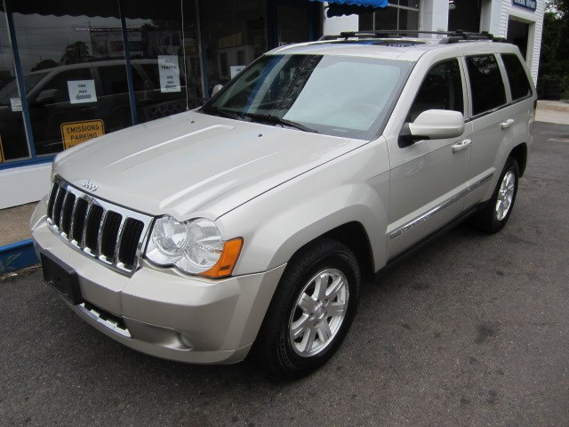 2009 Jeep Grand Cherokee 4WD 4dr Limited, available for sale in Meriden, Connecticut | Cos Central Auto. Meriden, Connecticut