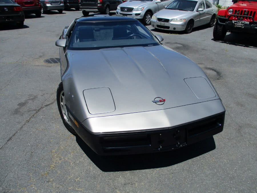 1986 Chevrolet Corvette 2dr Hatchback Coupe, available for sale in Islip, New York | Mint Auto Sales. Islip, New York