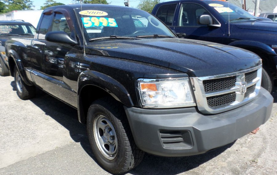 2009 Dodge Dakota 2WD Ext Cab ST, available for sale in Patchogue, New York | Romaxx Truxx. Patchogue, New York