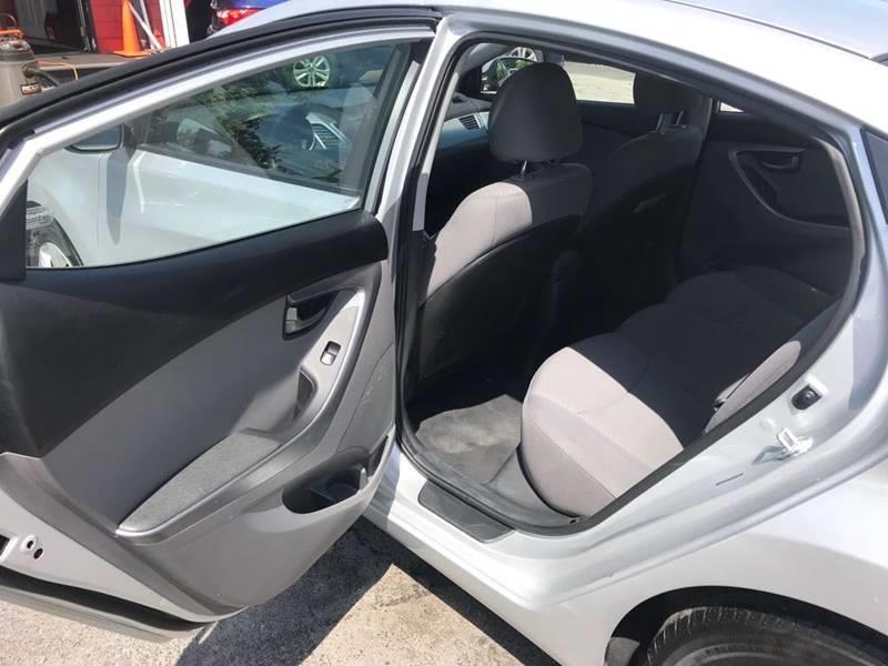 2015 Hyundai Elantra SE 4dr Sedan 6A, available for sale in Framingham, Massachusetts | Mass Auto Exchange. Framingham, Massachusetts