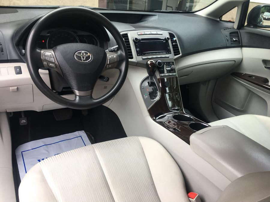 2011 Toyota Venza 4dr Wgn I4 AWD (Natl), available for sale in Cheshire, Connecticut | Automotive Edge. Cheshire, Connecticut