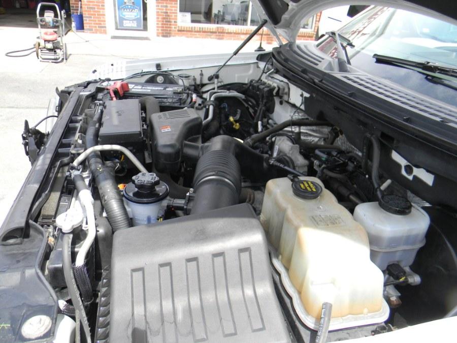 2010 Ford F-150 2WD Reg Cab 145
