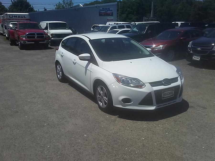 2014 Ford Focus 5dr HB SE, available for sale in Shirley, New York | Roe Motors Ltd. Shirley, New York