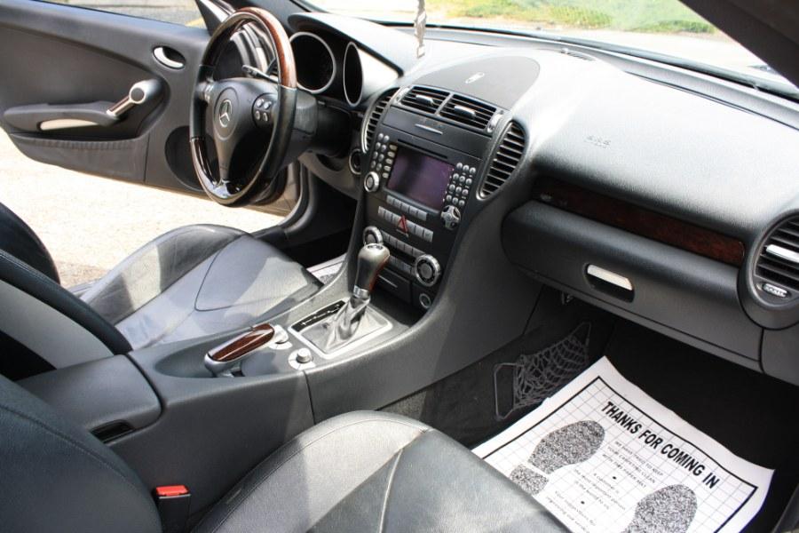 2006 Mercedes-Benz SLK-Class Roadster 3.5L, available for sale in Thomaston, Connecticut | Letaj Motors LLC. Thomaston, Connecticut