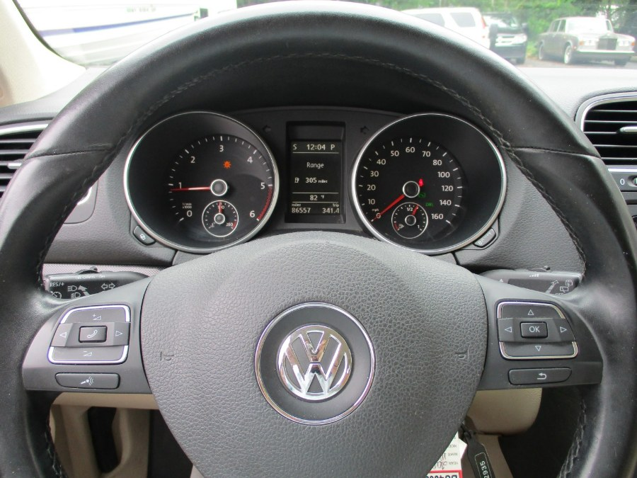 2010 Volkswagen Jetta SportWagen 4dr DSG TDI, available for sale in Islip, New York | Mint Auto Sales. Islip, New York