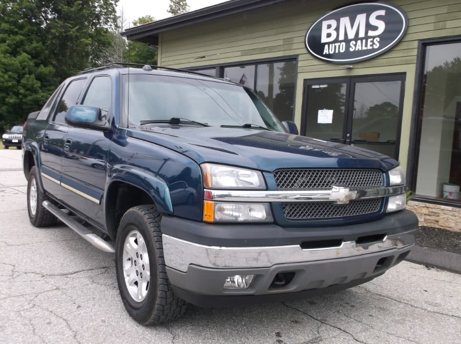Used 2005 Chevrolet Avalanche in Brooklyn, Connecticut | Brooklyn Motor Sports Inc. Brooklyn, Connecticut
